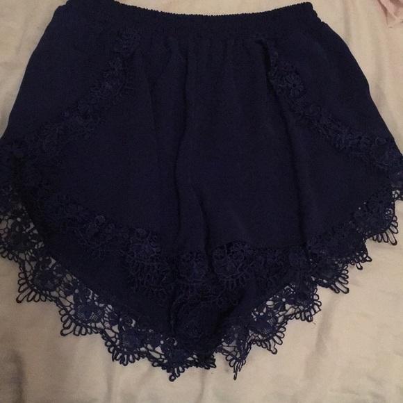 Tobi Pants - High waisted shorts